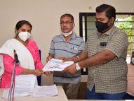 ખંભાળિયા નગરપાલિકાનું 2020-22ના વર્ષનું 2.57 કરોડની પુરાંત વાળુ બજેટ સર્વાનુમતે મંજુર જામ ખંભાળિયા,Jamkhambhaliya - Divya Bhaskar