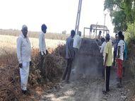 તળાવો ઊંડાં કરી તેની માટીથી 4.5. કિમીનો રસ્તો બનાવ્યો બોટાદ,Botad - Divya Bhaskar