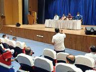 હિંમતનગર શહેરમાં પાણીની 3 જર્જરિત ઓવરહેડ ટાંકી ઉતારી નવી બનાવાશે|હિંમતનગર,Himatnagar - Divya Bhaskar