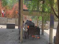ગોધરામાં ગેસ ચિતા બગડતાં કોરોના મૃતકની અંતિમવિધિ લાકડાથી કરાઇ ગોધરા,Godhra - Divya Bhaskar