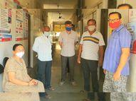 નસવાડી CHCમાં કોરોના રસી લેવા માટે ગ્રામજનોને ધક્કા ખાવાનો વારો નસવાડી,Nasvadi - Divya Bhaskar