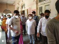 જૂનાગઢની માણાવદર સરકારી હોસ્પિટલની કેબિનેટ મંત્રી જવાહર ચાવડાએ મુલાકાત કરી સ્થિતિની સમીક્ષા કરી જુનાગઢ,Junagadh - Divya Bhaskar