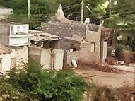 એરપોર્ટ રોડ સામે દબાણમાં અનેક મકાનો અસમાજિક પ્રવૃત્તિઓ પણ ફૂલીફાલી|ભુજ,Bhuj - Divya Bhaskar