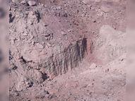 ધ્રાંગધ્રા પંથકમાં ફરી સફેદ માટીનું ખનન ધમધમતું થયું, ડમ્પરોમાં માટી ભરી મોરબી પહોંચાડવામાં આવે છે|ધ્રાંગધ્રા,Dhrangadhra - Divya Bhaskar