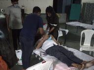 સુરતમાં કોરોનાગ્રસ્તો માટે શરૂ થયેલા આઈસોલેશન સેન્ટરમાં AAPના નગર સેવકો સેવામાં જોડાયા|સુરત,Surat - Divya Bhaskar