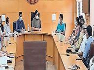 10 દિ'માં 150થી વધુ મોત, 386 કોરોના કેસમાં વધારો થતાં 30 એપ્રિલ સુધી સ્વૈચ્છિક લોકડાઉન|વલસાડ,Valsad - Divya Bhaskar