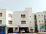 રાધનપુર રેફરલ હોસ્પિટલમા સ્ટાફ સહિત પૂરતી સુવિધા ઉભી કરવા માંગ|રાધનપુર,Radhanpur - Divya Bhaskar