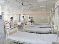 અમદાવાદની 1200 બેડ સિવિલની નર્સોએ કહ્યું, 'અમારી આંખો સામે દર્દીને મરતા જોઈએ છીએ, સ્ટાફ તાકીદે વધારો'|અમદાવાદ,Ahmedabad - Divya Bhaskar