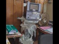 લુણાવાડાની સરકારી હોસ્પિટલમાં ધૂળ ખાતા 8 વેન્ટિલેટર્સ લુણાવાડા,Lunavada - Divya Bhaskar