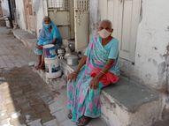 મહેસાણાના આ ગામમાં કે જ્યાં સૌથી વધુ વૃદ્ધો રહે છે ત્યાં નથી કોરોનાનો એકપણ કેસ, છેલ્લા 102 વર્ષમાં નથી થયું કોઇનું કમોત|મહેસાણા,Mehsana - Divya Bhaskar