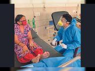 ભરૂચના દર્દીઓમાંથી કોરોનાનો ડર દૂર થાય તે માટે કોવિડ વોર્ડમાં વન ટુ વન 140 લોકોનું કાઉન્સેલિંગ ભરૂચ,Bharuch - Divya Bhaskar