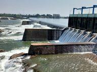 જળાશયોમાં 50 ટકાથી નીચે, અડધોઅડધ ડેમ 75 ટકાથી વધુ ખાલી; પાણીની આવક ચાલુ હોવાથી રાહત|અમદાવાદ,Ahmedabad - Divya Bhaskar