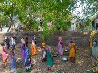 નર્મદાના ગામોમાં હજુ લોકો વેક્સિન લેતા ડરી રહ્યા છે, સાંસદે સમજાવ્યા ભરૂચ,Bharuch - Divya Bhaskar