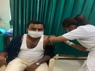 ભરૂચ જિલ્લામાં કોરોનાના વધતા સંક્રમણ વચ્ચે રસીકરણ ઝુંબેશને વેગવંતી બનાવાઈ|ભરૂચ,Bharuch - Divya Bhaskar