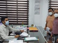 વલસાડ જિલ્લા આરોગ્ય વિભાગ અને સિવિલ ઇનસર્વિસ તબીબોની આજથી પેન ડાઉન હડતાળ|વલસાડ,Valsad - Divya Bhaskar