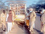 खुईयांसरवर पुलिस ने वाहनों पर लगाए रिफ्लेक्टर|अबोहर,Abohar - Dainik Bhaskar