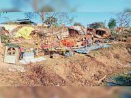 मुक्तिधाम पर कब्जा, निगम की टीम ने तोड़े 17 मकान|रायगढ़,Raigarh - Dainik Bhaskar
