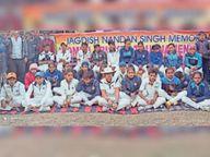 झांसी फाइटर्स ने 25 ओवरों में बनाए 132 रन; लेडी बग्स को 74 रन पर ढेर कर पहला जिला स्तरीय महिला क्रिकेट टूर्नामेंट जीता सीतामढ़ी,Sitamarhi - Dainik Bhaskar