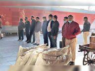 सेल्स टैक्स ने रेलवे पार्सल घर में की छापेमारी, इलेक्ट्राॅनिक समेत अन्य माल सीज|कोटा,Kota - Dainik Bhaskar