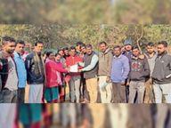वायरलेस मैदान को बचाने के लिए विधायक से मिले लोग|जमशेदपुर,Jamshedpur - Dainik Bhaskar