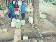 बसाहट में विस्थापितों को नहीं मिल रहा पानी, गर्मी में जलसंकट गहराने की आशंका|खंडवा,Khandwa - Dainik Bhaskar