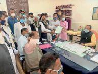 तीनों प्रशासनिक कार्यालय सही भूमि पर बनवाने की मांग उठाई|डीडवाना,Didwana - Dainik Bhaskar
