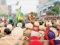 मनोरंजन कालिया का विरोध, पिछले दरवाजे से निकले|बठिंडा,Bathinda - Dainik Bhaskar