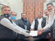 नए न्यायालय भवन निर्माण को लेकर न्यायाधीश से मिला अभिभाषक संघ|बागली,Bagli - Dainik Bhaskar