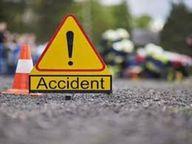 पीछे से आ रहे अज्ञात वाहन ने बाइक को मारी टक्कर, 2 युवकों की मौत, तीसरे की हालत गंभीर|रायपुर,Raipur - Dainik Bhaskar