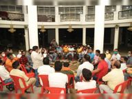 टोटल लॉकडाउन के खिलाफ व्यापारियों ने खोला मोर्चा, बोले- सामूहिक विरोध करेंगे|सागर,Sagar - Dainik Bhaskar