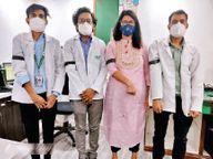 डॉक्टर से अभद्रता का विरोध, काली पट्टी बांधकर काम किया इंदौर,Indore - Dainik Bhaskar