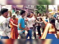 प्रसव के दौरान नवजात की गई जान, परिजनों ने क्लिनिक कर्मियों को पीटा गया,Gaya - Dainik Bhaskar