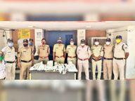 अजयगढ़ पुलिस ने अवैध हथियार बनाते आरोपी को पकड़ा, बड़ी मात्रा में हथियार जब्त किए छतरपुर (मध्य प्रदेश),Chhatarpur (MP) - Dainik Bhaskar