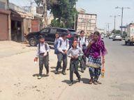 छुट्टी के बावजूद खुले स्कूल, डीईओ ने खुद बंद करवाया सोनीपत,Sonipat - Dainik Bhaskar