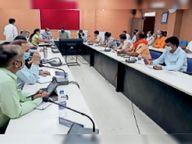 जिले में अब 27 अप्रैल सुबह 6 बजे तक रहेगा कर्फ्यू, धार्मिक, सामाजिक कार्यक्रम नहीं होंगे आलीराजपुर,Aliraj Pur - Dainik Bhaskar