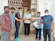पुलिस ने किया लाठी चार्ज, टीआई को हटाने की मांग थांदला,Thandala - Dainik Bhaskar