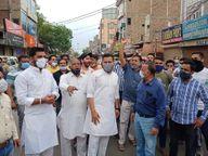 कोरोना से बचाव के लिए बाजार बंद के फैसले पर गुस्साए व्यापारी, बाजार में सभा कर बोले, व्यापार पर ही क्यों हो असर|श्रीगंंगानगर,Sriganganagar - Dainik Bhaskar