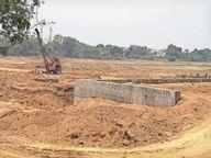अंत:सलिला में इतना पानी कि बैराज के पैनल बनाने में आ रही बाधा, अगले साल शिवघाट के आगे भरेगा पानी|बिलासपुर,Bilaspur - Dainik Bhaskar