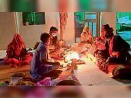शादियों के अंदाज बदले, चावल पर शक्कर-घी से मुंह मीठा कराया|सीकर,Sikar - Dainik Bhaskar