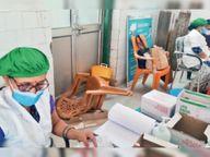 सदर अस्पताल में दूसरे डाेज का टीका नहीं मिलने पर लोगों का हंगामा, कुर्सियां ताेड़ीं|मुजफ्फरपुर,Muzaffarpur - Dainik Bhaskar
