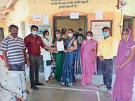 8 केंद्रों पर 310 का लक्ष्य था, 370 ने लगवाई वैक्सीन|राणापुर,Ranapur - Money Bhaskar