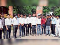 निजी अस्पतालों में नर्सिंगकर्मियों के शोषण के मामले में कलेक्ट्रेट पर किया विरोध-प्रदर्शन|दौसा,Dausa - Money Bhaskar