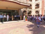 आजादी के अमृत महोत्सव के तहत मनाया गया अंतराष्ट्रीय बालिका दिवस, न्यायिक अधिकारियों ने बालिकाओं को बताए उनके अधिकार|मथुरा,Mathura - Money Bhaskar