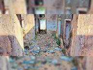 30 साल पूर्व लाखों की लागत से बना गिरदावर भवन अब बना कचरा पात्र|दांता,Danta - Money Bhaskar