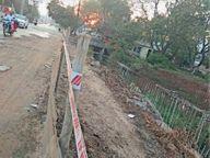 पेड़ और बिजली पोल हटाए नहीं, मालवीय नगर चौक पर फोरलेन का काम पड़ा बंद दुर्ग,Durg - Money Bhaskar