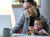 મહામારી દરમિયાન 36.6% પુરુષોએ માન્યું કે બાળકોનો ઉછેર માત્ર પત્નીની જવાબદારી નથી, 44.5% કપલ્સે સાથે મળીને બાળકોની દેખભાળ કરી|લાઇફસ્ટાઇલ,Lifestyle - Divya Bhaskar