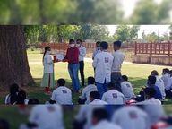 માનસિક દિવ્યાંગ વૃદ્ધાને પરિવારજનોએ તરછોડી, 181 અભિયમે સંસ્થામાં મોકલી આશરો આપ્યો|પાલનપુર,Palanpur - Divya Bhaskar