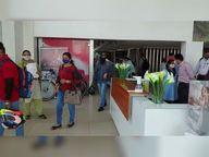 50 ટકા કરતાં વધારે કર્મચારીઓ બોલાવતી 5 ઓફિસ સીલ કરાઈ, 427 પ્રાઇવેટ ઓફિસમાં તપાસ કરી|અમદાવાદ,Ahmedabad - Divya Bhaskar