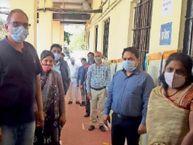 2400 स्वास्थ्यकर्मियों काे लगने थे काेराेना टीके, 1663 काे ही लगे, 737 बचे|होशंगाबाद,Hoshangabad - Dainik Bhaskar