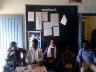9 लोगों के खातों से निकाल लिए 45-45 हजार रुपये, बैंक पहुंचे ग्रामीण तब लगी जानकारी,CEO बोले- जांच होगी छिंदवाड़ा,Chhindwara - Money Bhaskar